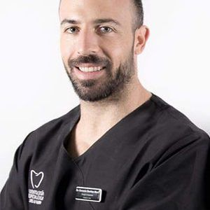 dr. gonzalo dentista profesional en torremolinos